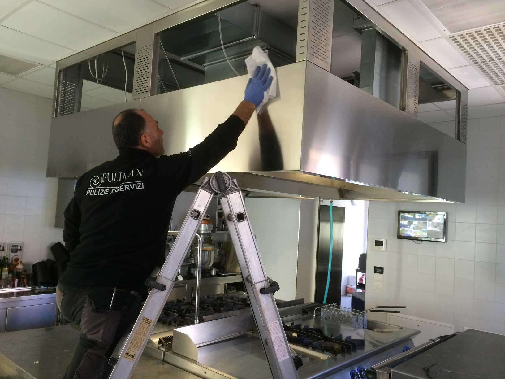Pulizia cucine industriali e cappe a padova e veneziapulimax vigonovo - Pulizia cucina ristorante ...